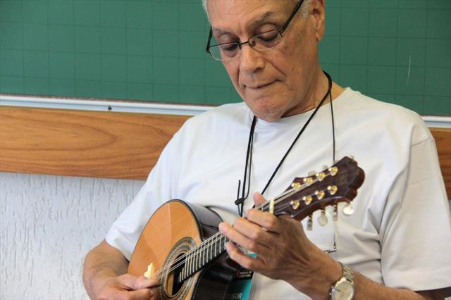 Izaías Bueno  professor de bandolim  Foto Alice Rodrigues